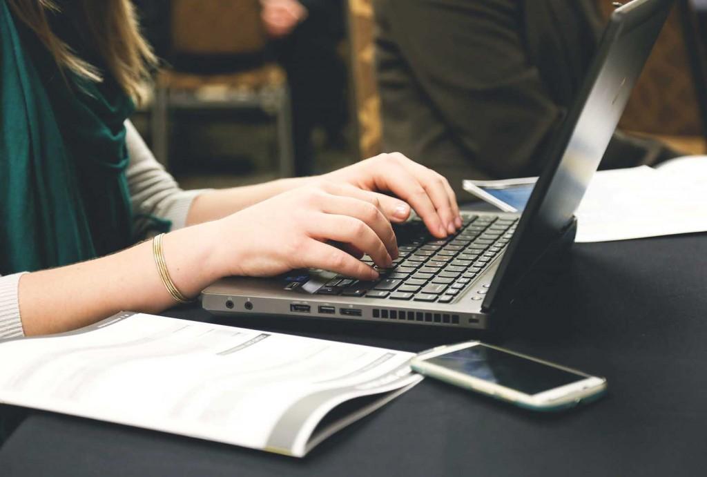 Vsakodnevna uporaba računalnika in spletnih strani
